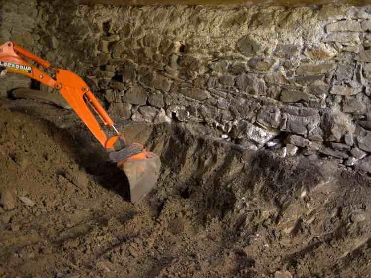 ras des fouilles