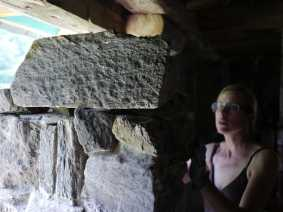 pilier en pierre et chaux