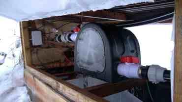 turbine pelton avec vitre de contrôle.